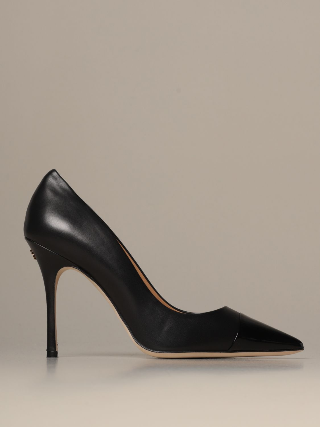 tory burch court shoes