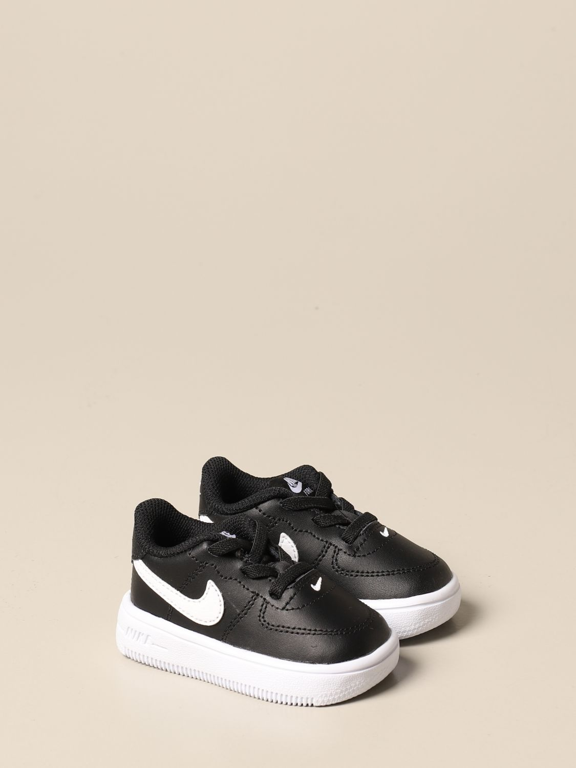 Chaussures Nike: Chaussures enfant Nike noir 2