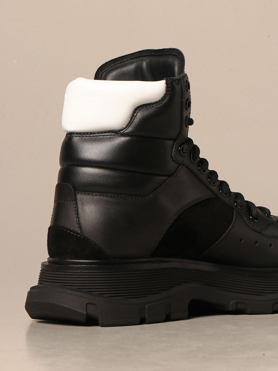 Boots Alexander Mcqueen: Alexander McQueen ankle boots in leather and suede black 3