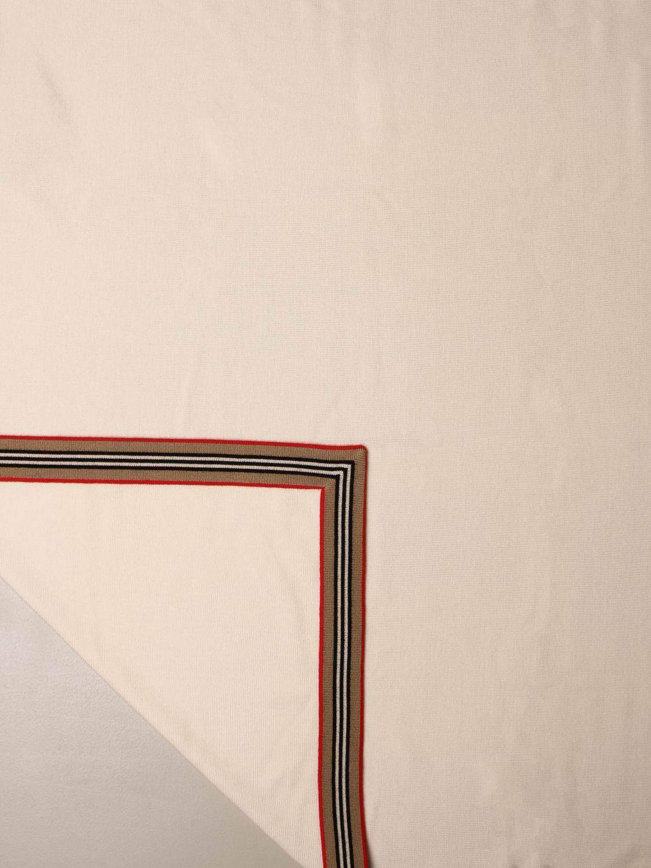 Manta Burberry: Manta niños Burberry marfil 2