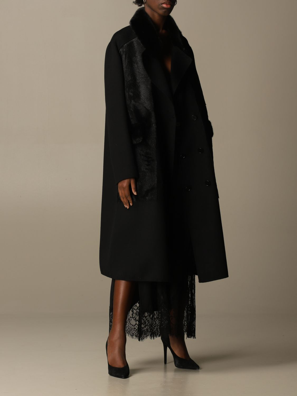 Coat S.w.o.r.d.: Long coat S.w.o.r.d. of fur black 2
