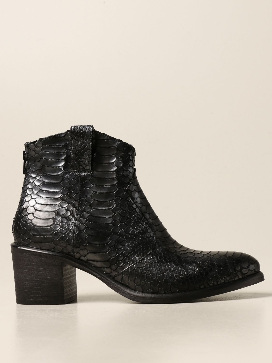 Flat ankle boots Strategia: Boots women Strategia black 1 1