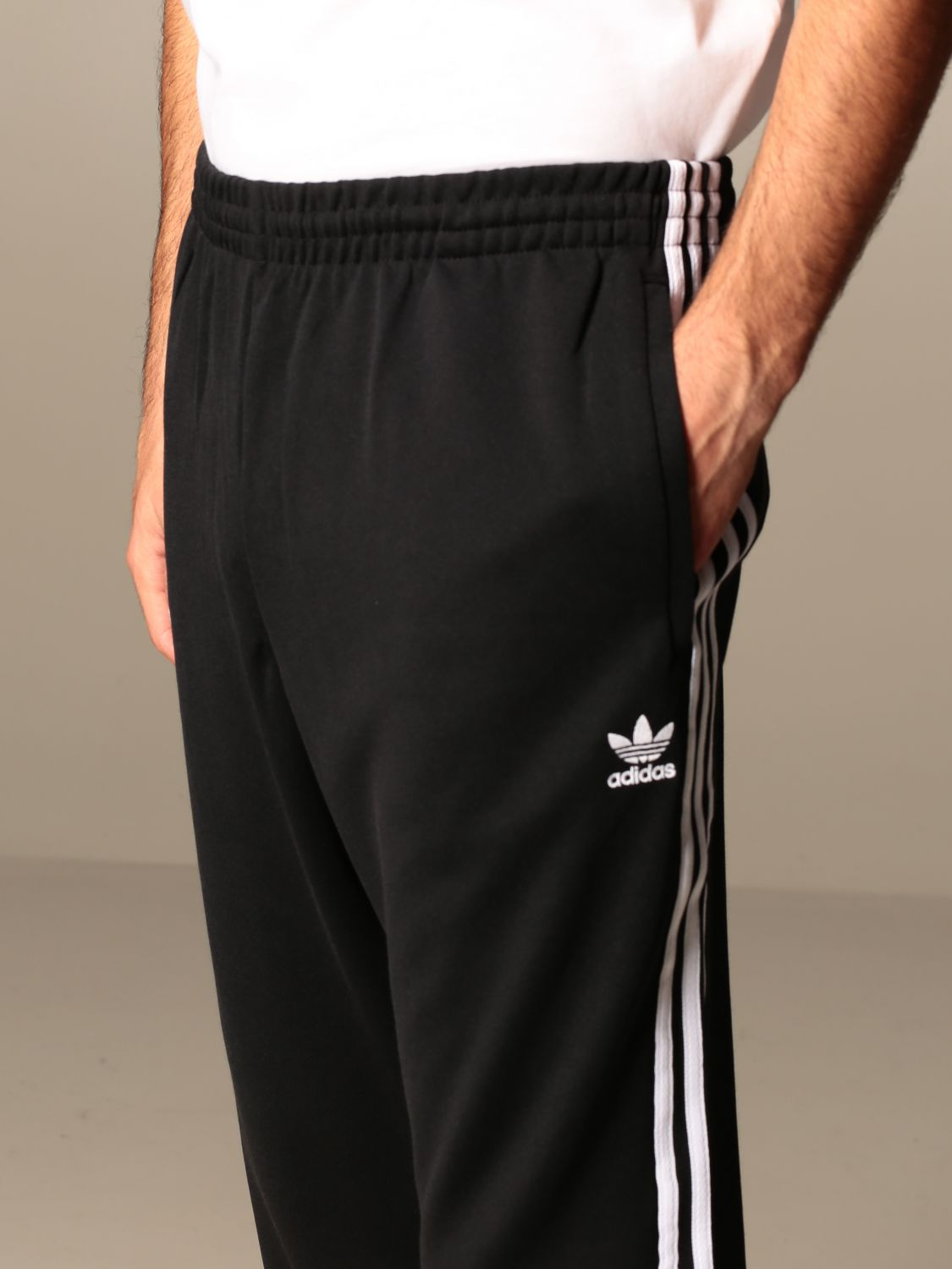 Trousers Adidas Originals: Trousers men Adidas Originals black 4