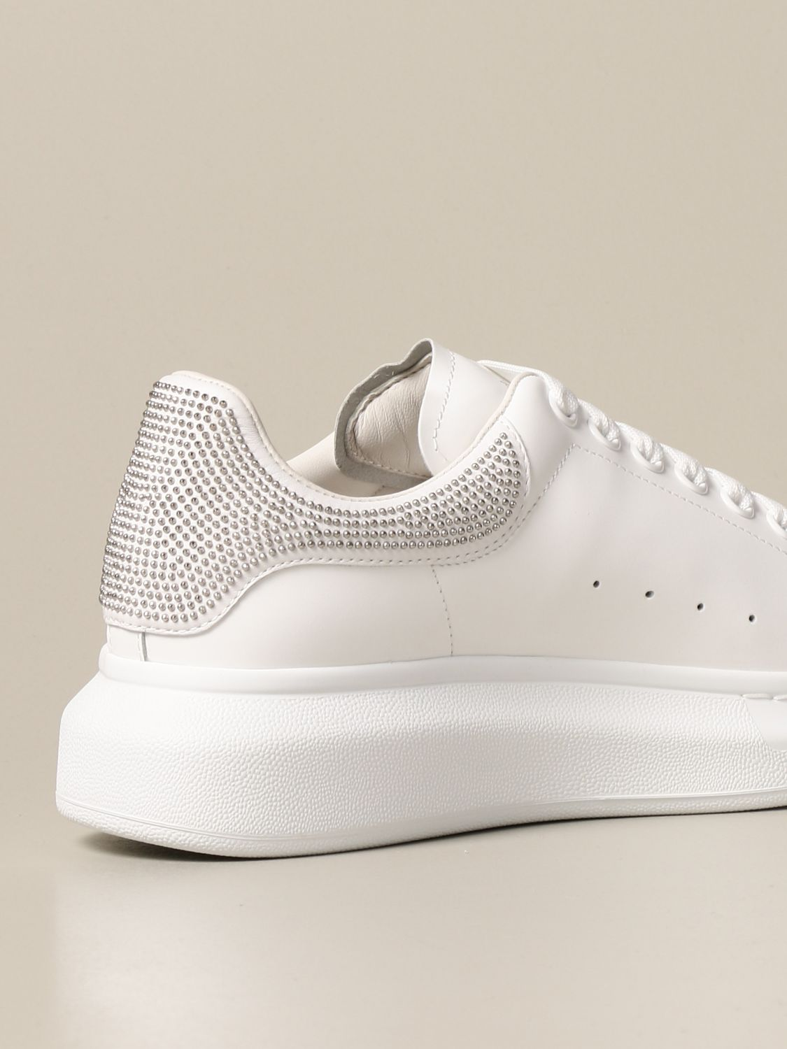 Sneakers Alexander Mcqueen: Alexander McQueen sneakers in leather with micro studs white 3