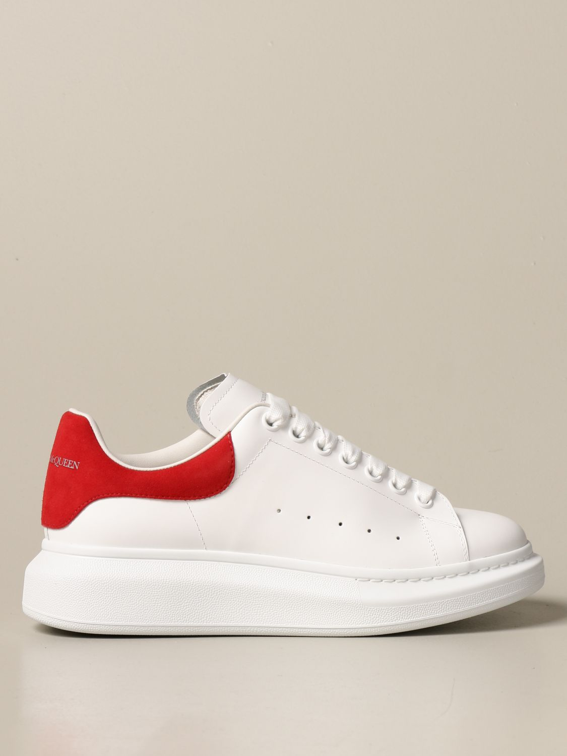 Trainers Alexander Mcqueen: Alexander McQueen trainers in leather with logo white 1