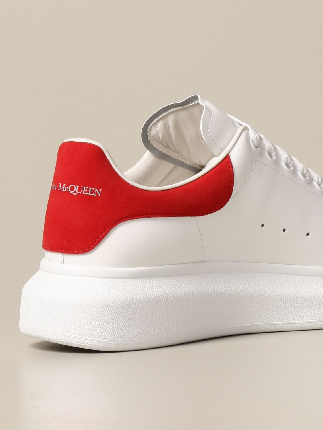 Trainers Alexander Mcqueen: Alexander McQueen trainers in leather with logo white 3