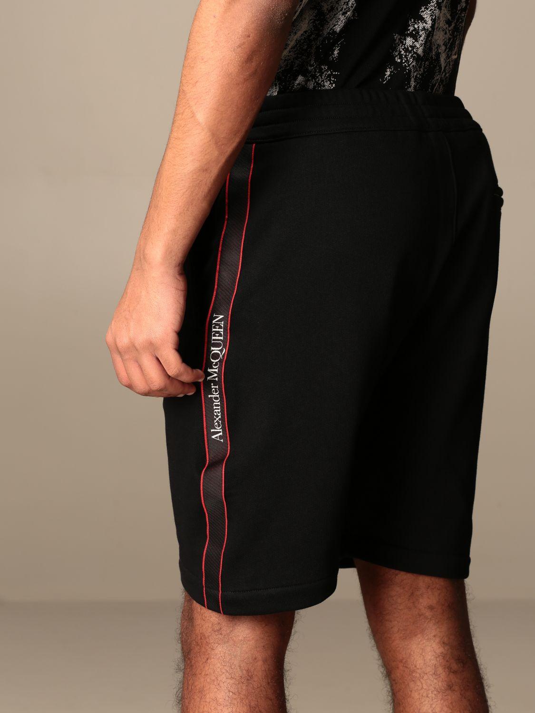 Short Alexander Mcqueen: Alexander McQueen jogging shorts with logoed bands black 5