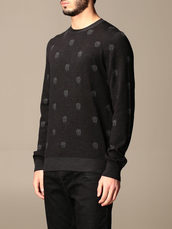 Jumper Alexander Mcqueen: Alexander McQueen crew neck sweater with skulls black 4