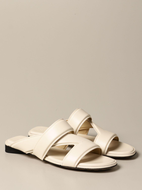 Босоножки без каблука Bottega Veneta: Босоножки на каблуке Женское Bottega Veneta белый 2