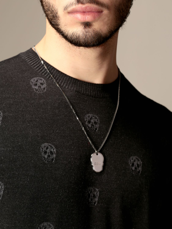 Jewel Alexander Mcqueen: Alexander McQueen necklace with skull-shaped pendant silver 2