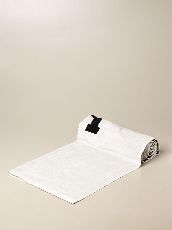 Beach towel Ami Alexandre Mattiussi: Ami Alexandre Mattiussi bath towel with logo white 1
