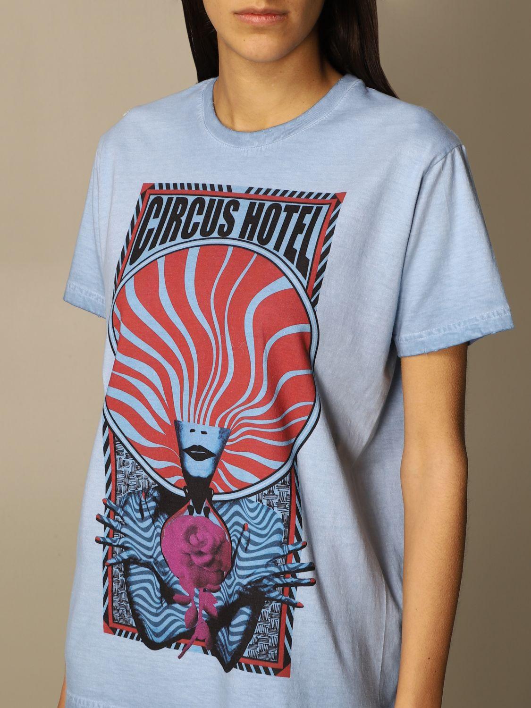 T-Shirt Circus Hotel: Circus Hotel cotton t-shirt with big print sky 4
