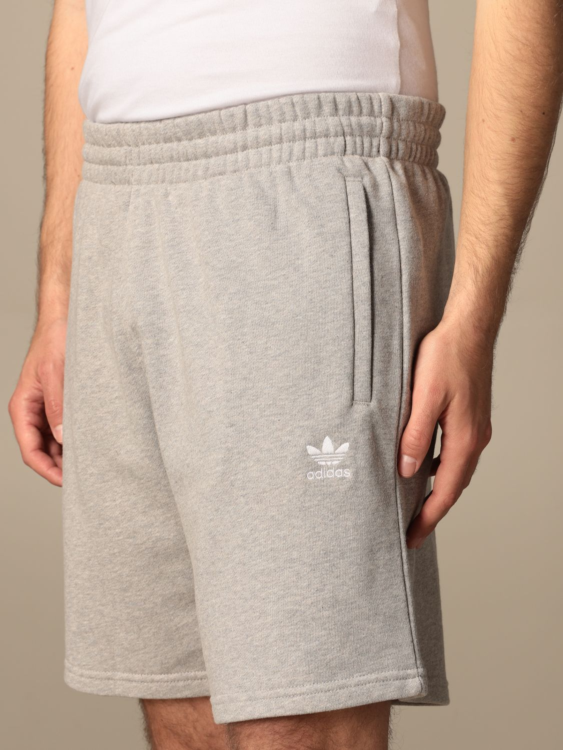 Short Adidas Originals: Adidas Originals jogging shorts with logo grey 4