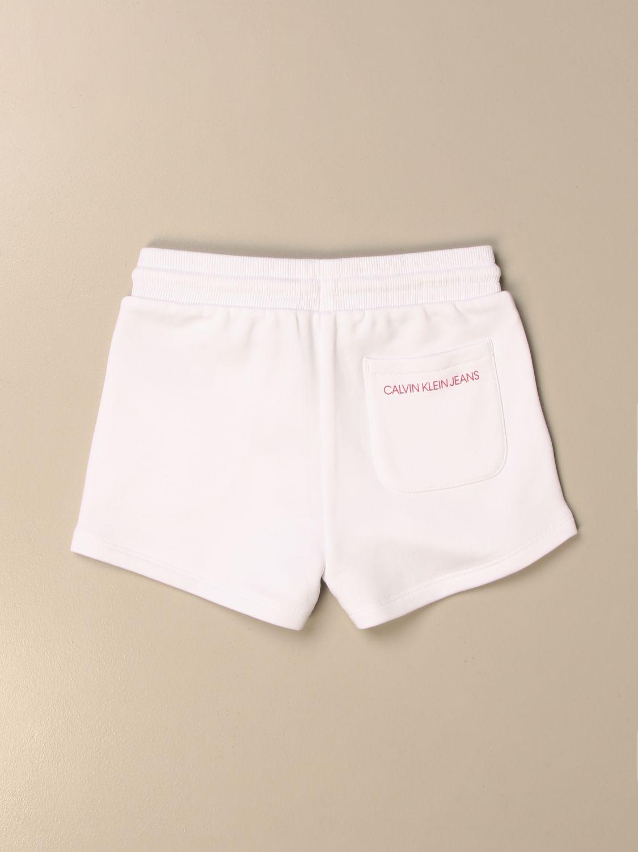 Pantalones cortos Calvin Klein: Pantalones cortos niños Calvin Klein blanco 2