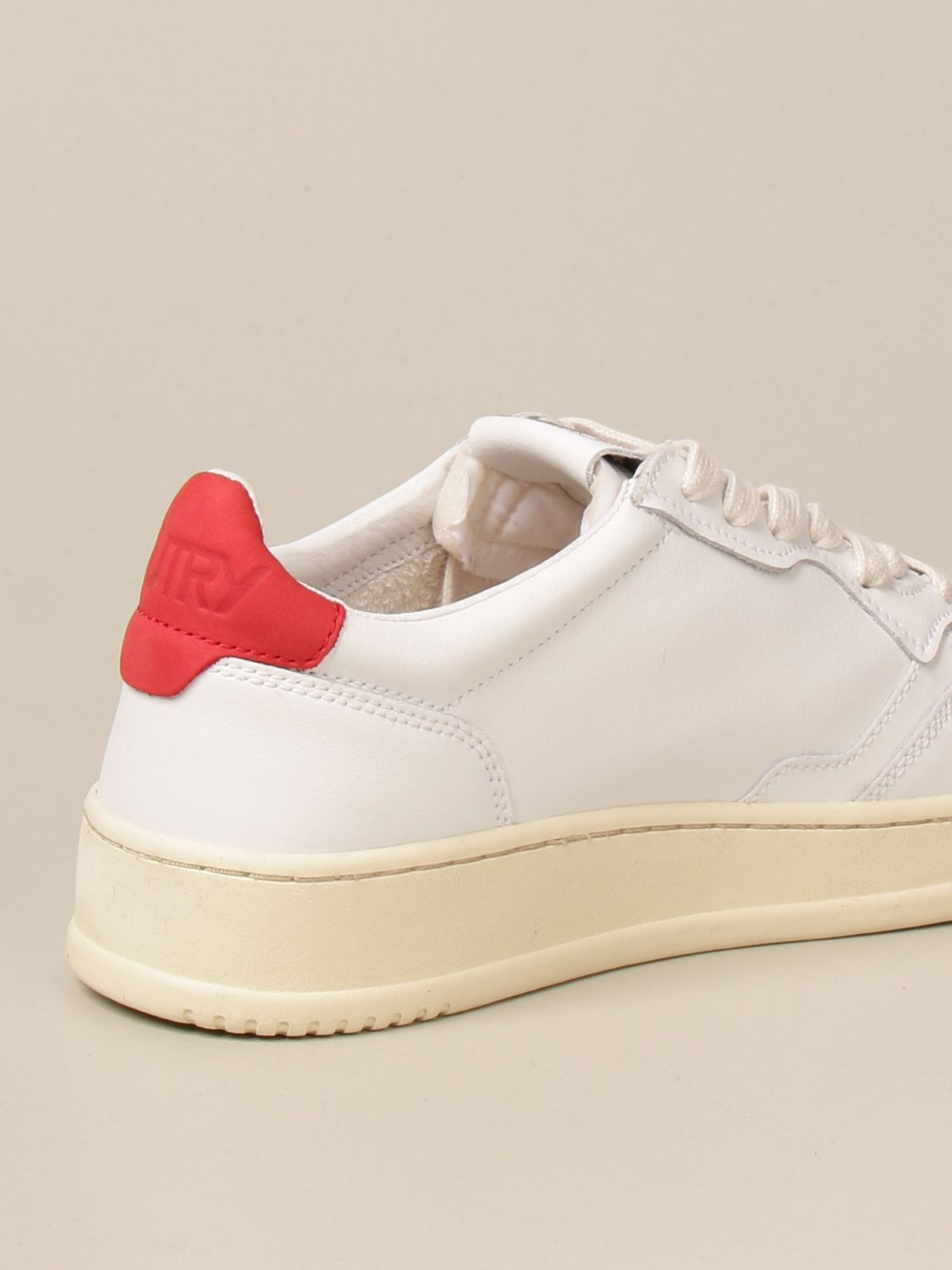 Baskets Autry: Chaussures homme Autry rouge 3