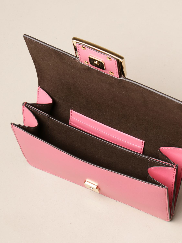 Crossbody bags Fendi: Baguette bag Fendi in leather pink 5