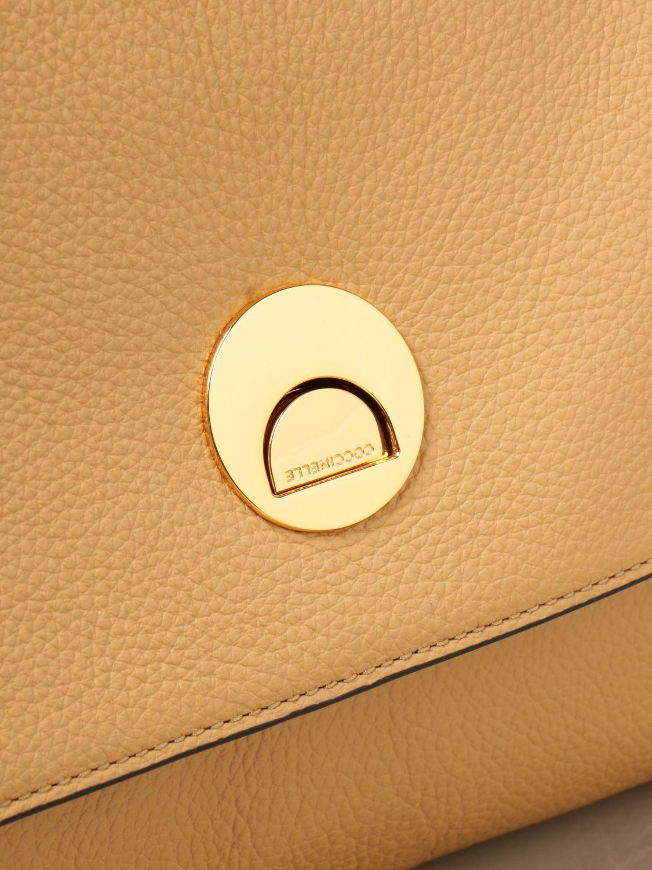 Schultertasche Coccinelle: Handtasche damen Coccinelle beige 3