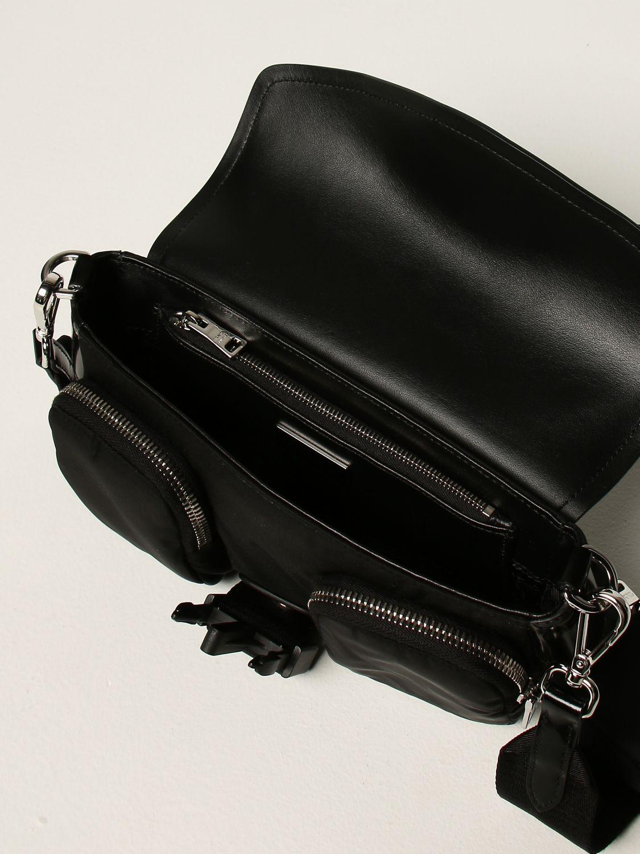 Borse a tracolla Prada: Borsa a tracolla Pocket Prada in pelle e nylon nero 4