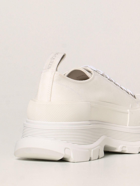 Trainers Alexander Mcqueen: Alexander McQueen trainers in canvas white 3