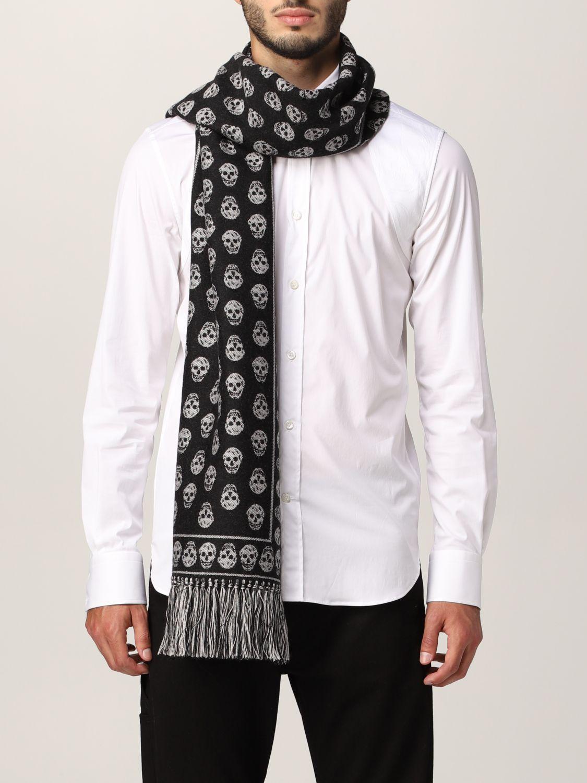 Scarf Alexander Mcqueen: Alexander McQueen wool scarf with all-over skulls black 2