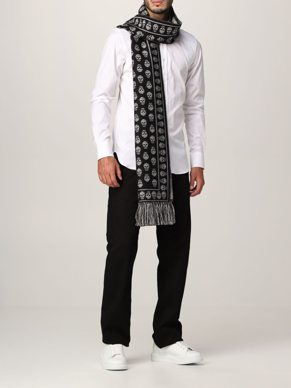Scarf Alexander Mcqueen: Alexander McQueen wool scarf with all-over skulls black 4