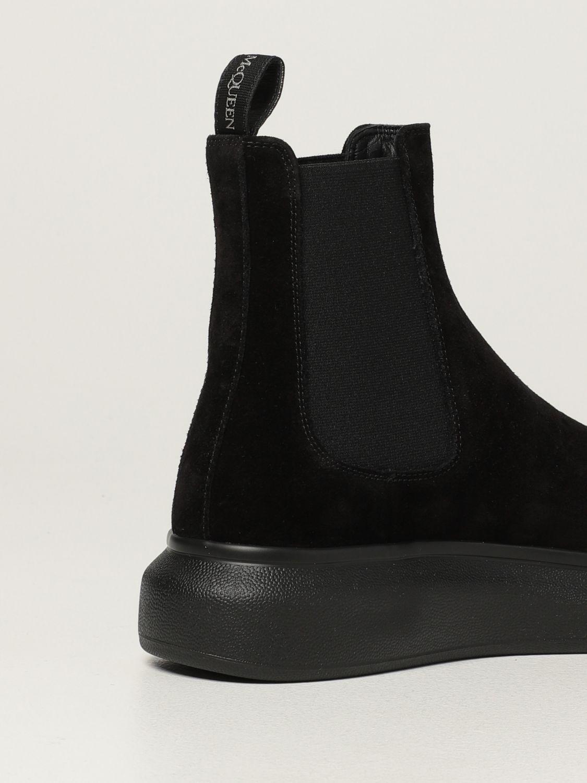 Boots Alexander Mcqueen: Alexander McQueen Chelsea boot in suede black 3
