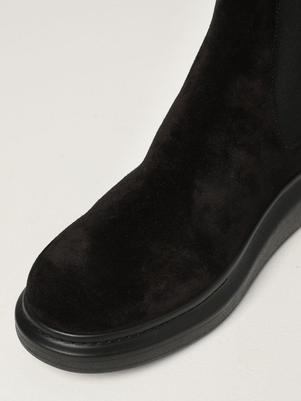 Boots Alexander Mcqueen: Alexander McQueen Chelsea boot in suede black 4