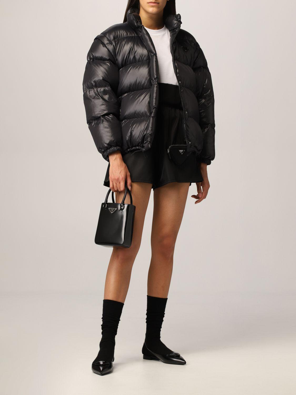 Pantaloncino Prada: Pantaloncino jogging Prada in nylon con pochette nero 2