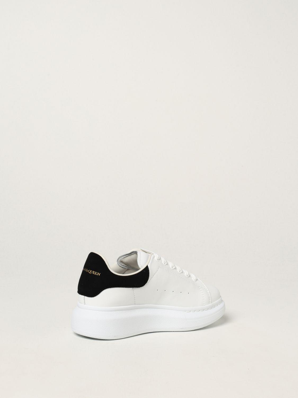 Scarpe Alexander Mcqueen: Sneakers Alexander McQueen in pelle bianco 2 3